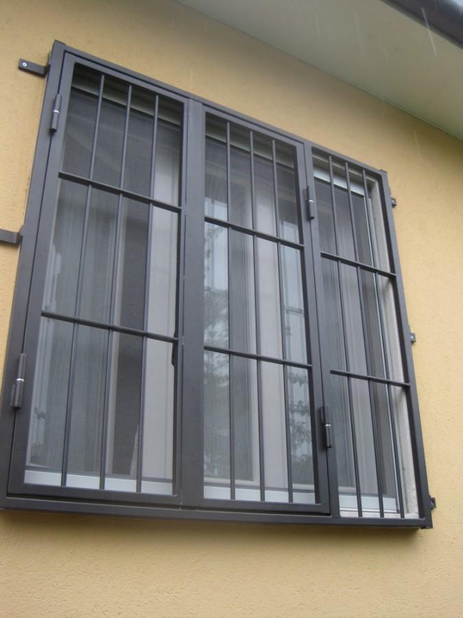 Inferriate e grate di sicurezza per finestre e porte - Serrande per finestre prezzi ...
