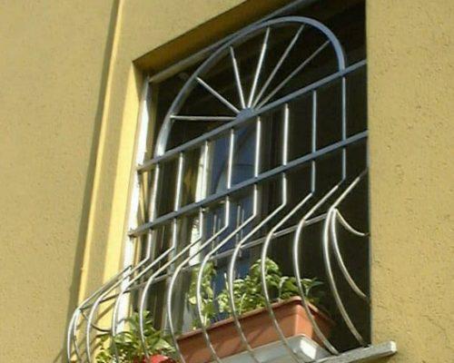 Inferriate e grate di sicurezza per finestre: prezzi e costi ...