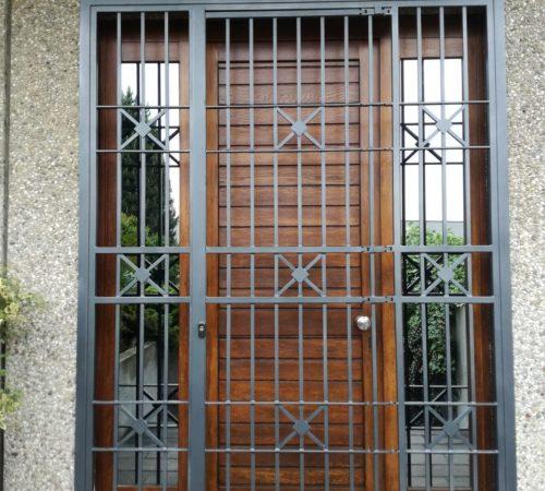 Inferriate per porte ingresso apribili su misura meda monza brianza, milano, como, varese, bergamo, lecco