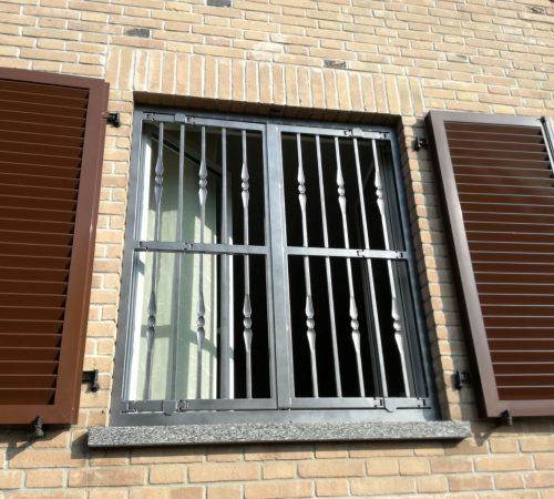 inferriate con snodi per finestre apribili moderne meda monza brianza, milano, como, varese, bergamo, lecco